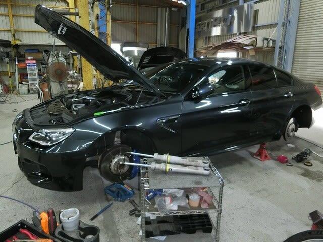 BMW M6グランクーペ ・ RCオデッセイ ・ エリシオン ・ マーチボレロ