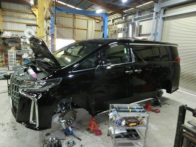 30アルファード ・ アクア ・ BMW528i